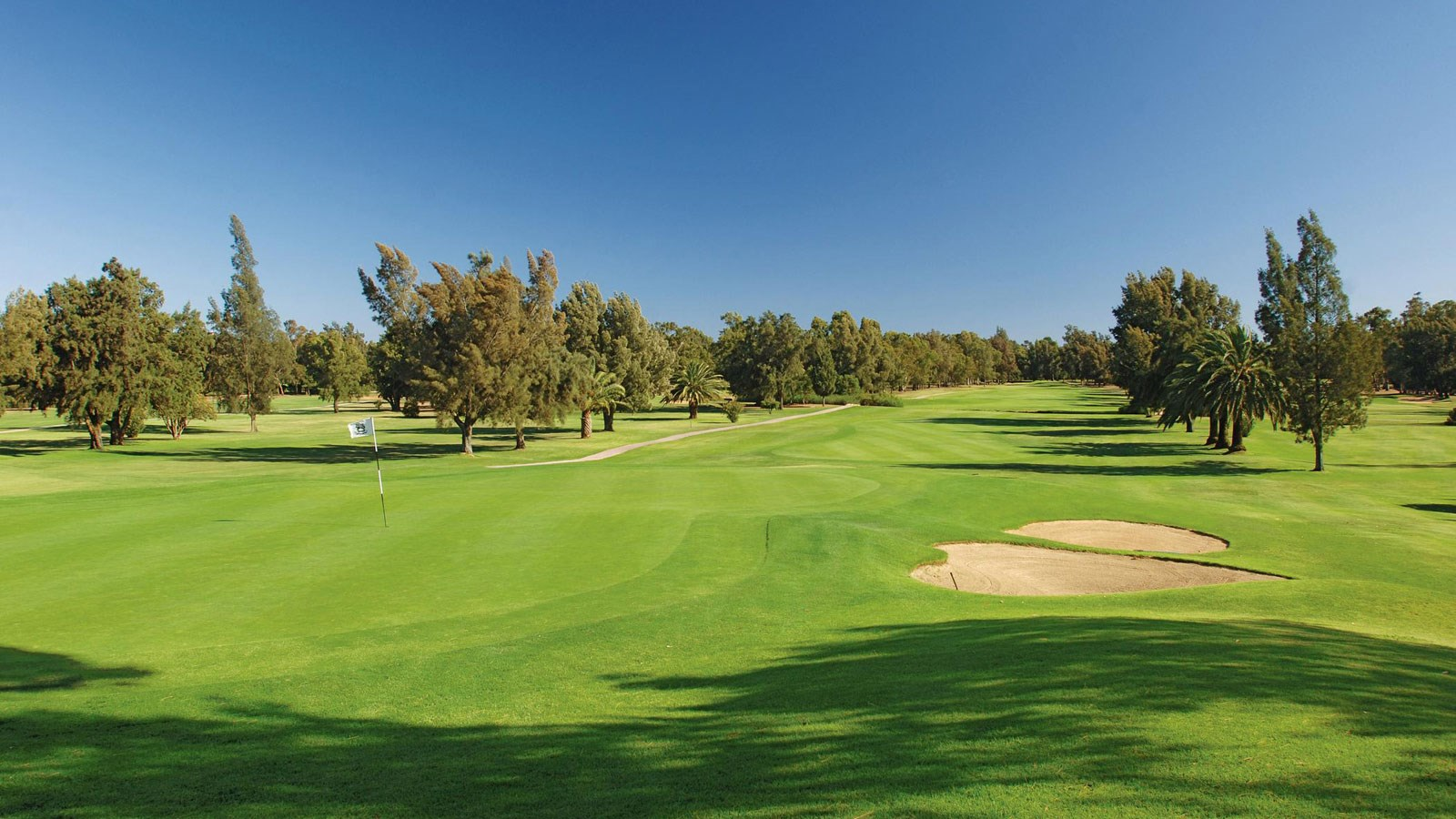 Hole 18 at penina hotel and golf resort